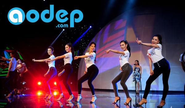 AoDep.com (Một dịch vụ của Thế Giới Decal) in áo cho siêu mẫu 2015