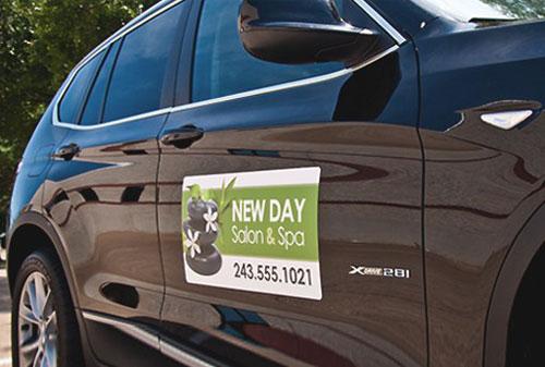 Decal nam châm dẻo trang trí, quảng cáo trên thân xe ô tô, taxi, xe du lịch