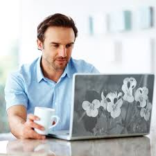 luu-y-khi-dan-decal-laptop-2